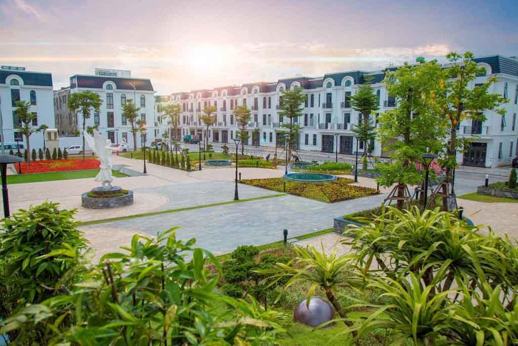 thuc te phan khu iris tien do thai hung crown villas